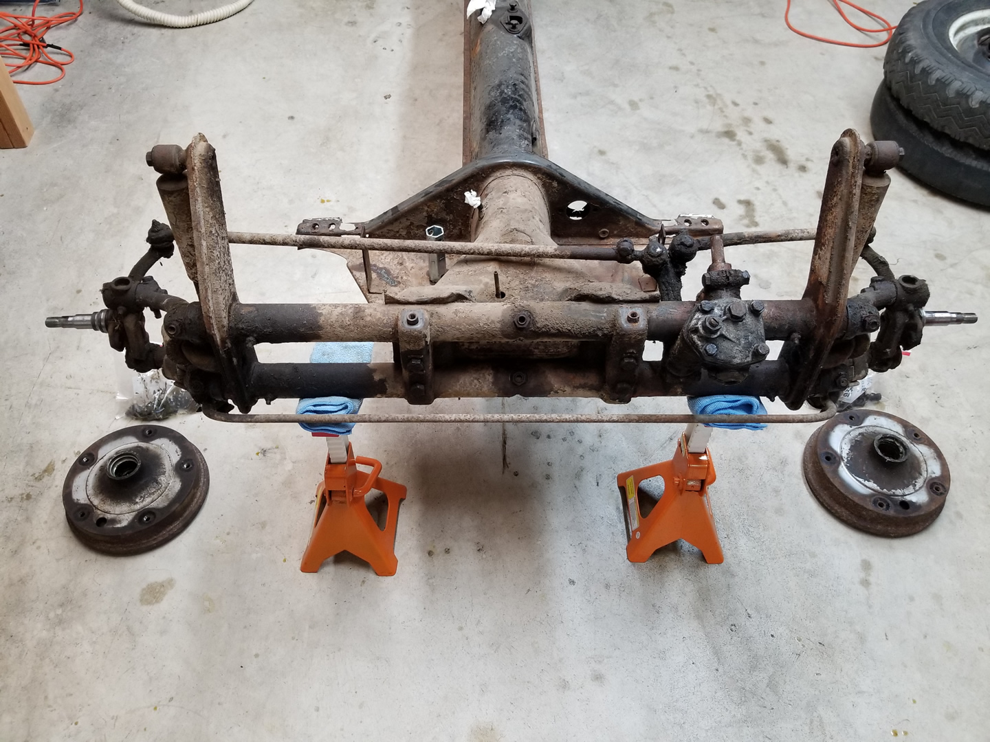 Disassembling and Removing the Front Axle « My Beetle